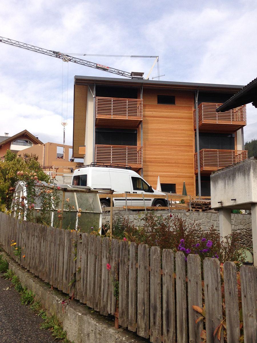 2 Wohnhäuser